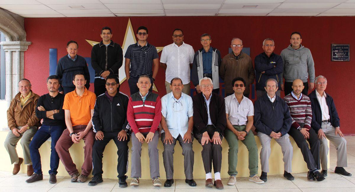 Encuentro de Directores de Comunidad